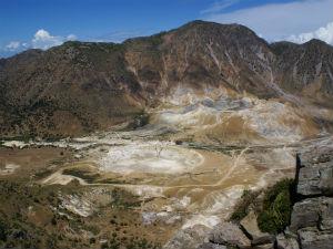 Uitzicht op de vulkan op Nissyros