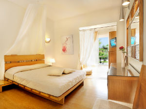 Junior Suite Antigoni Beach Resort Ormos Panagias