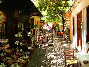 Petra winkelstraatje op Lesbos