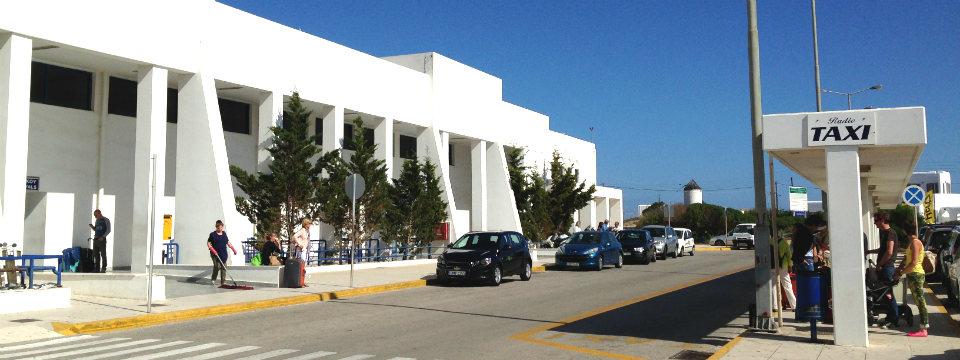 Mykonos vakantie vliegveld header.jpg