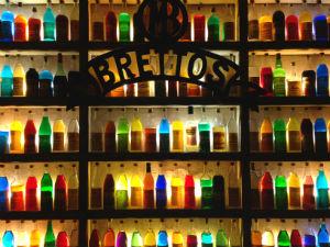 Brettos wijnbar op Plaka in Athene