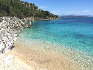 Nissaki beach op Corfu