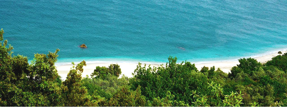 Pilion vakantie Agia Saranta beach header.jpg