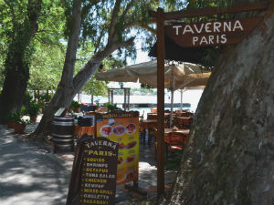 Taverna Paris in Kala Nera op Pilion