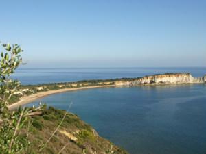 Uitzicht op Gerakas beach op Zakynthos