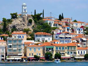 Meer overnachtingen en toeristen Griekenland 2013