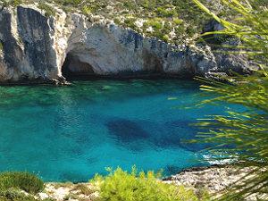 Limnionas zeewater en baai op Zakynthos