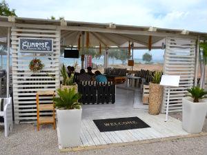Skala strand Sunrise beachclub Agistri
