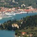 Geni haventje op Lefkas tijdens vakantie