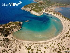 Griekse vakantiebestemmingen online vanuit helikopter Voidokilia beach