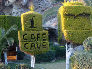 Cave Cafe in Agios Ioannis op Limnos