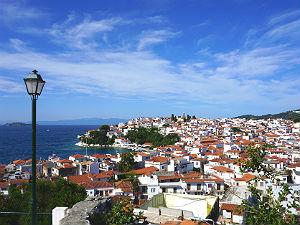 Uitzicht over Skiathos stad