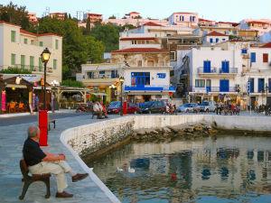 Batsi boulevard op eiland Andros