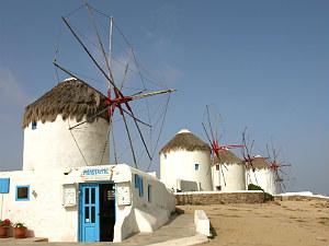 Mykonos-het-Griekse-Ibiza-windmolens