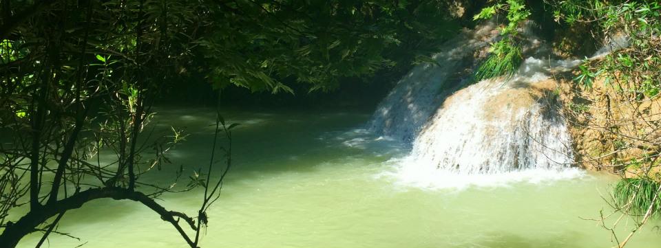 Polilimnio watervallen Peloponnesos header.jpg