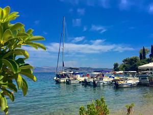 Bootje huren op Corfu Agios Stefanos