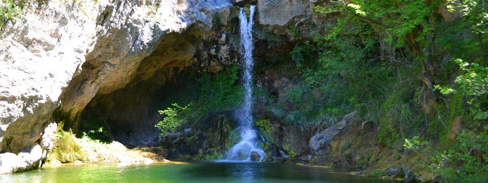 Evia Drimona watervallen waterfalls header.jpg