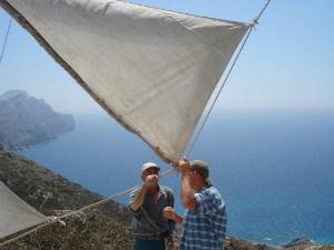 Molen van Olympos op Karpathos met de molenaar
