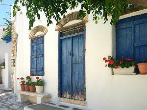 Naar Tinos en Andros dorpje Pirgos
