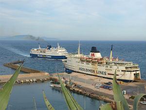 Binnenlandse vlucht op met de veerboot naar Griekenland