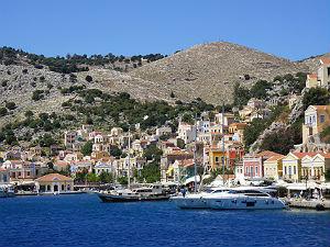 Van Rhodos naar Symi het haventje