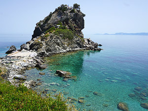 Agios Ioannis kapel op de rots uit de film Mamma Mia!