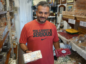 Voskopoula winkel in argostoli met lekkernijen van Kefalonia