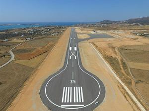 Nieuw vliegveld Paros in Griekenland