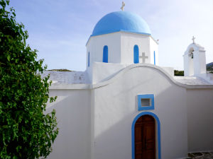 Lefkes Paros Agia Ekaterini kerk in het oude centrum