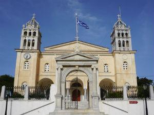 Agia Triada kerk in Lefkes op Paros
