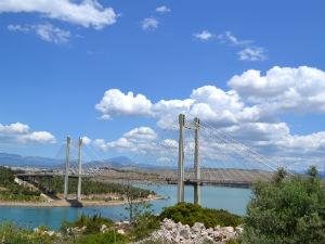 Twee Griekse eiland per weg bereikbaar