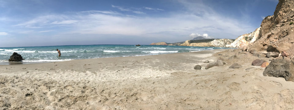 Milos firiplake beach header.jpg