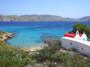 Mykonos heeft de meeste mooie stranden Agios Sostis beach