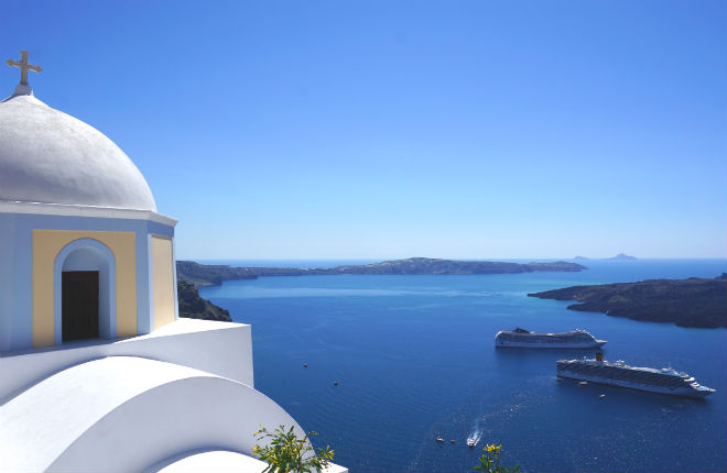 Santorini en Corfu in top 20 trouwbestemmingen