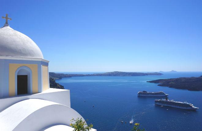 Santorini en Corfu in top 20 trouwbestemmingen