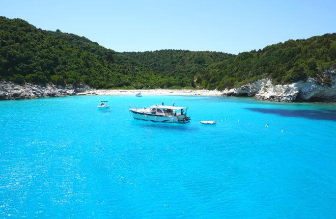 3 Griekse eilandjes met de mooiste stranden