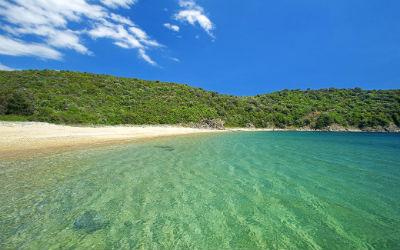 3 Griekse eilandjes met de mooiste stranden Ammouliani