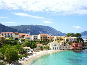 6 pittoreske kustplaatsjes in Griekenland Assos