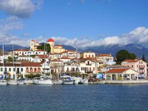 6 pittoreske kustplaatsjes in Griekenland Galaxidi