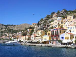 6 pittoreske kustplaatsjes in Griekenland Symi