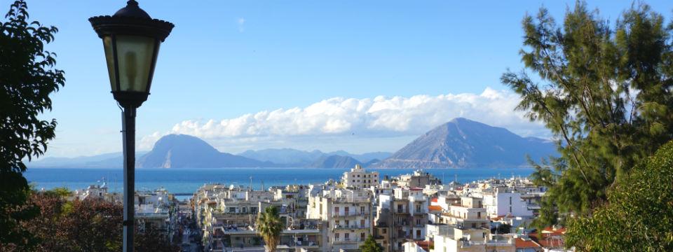Patras Peloponnesos vakantie header.jpg