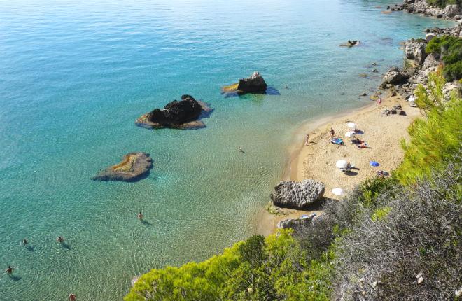Myrtiotissa beach op Corfu