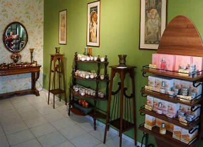Parfum uit Zakynthos parfumerie Razi Aroma