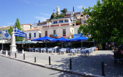 Poros pleintje in het centrum van de stad