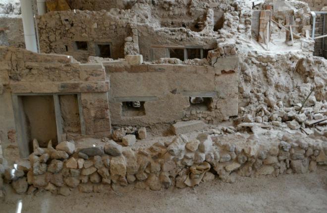 Nieuwe vondsten Akrotiri Santorini