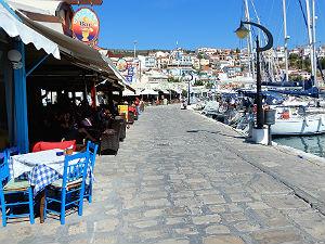 Samos de haven van Pythagorion