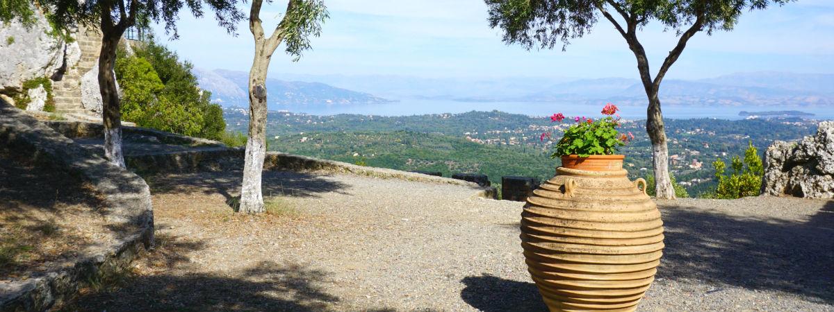 Pelekas Corfu vakantie header.jpg