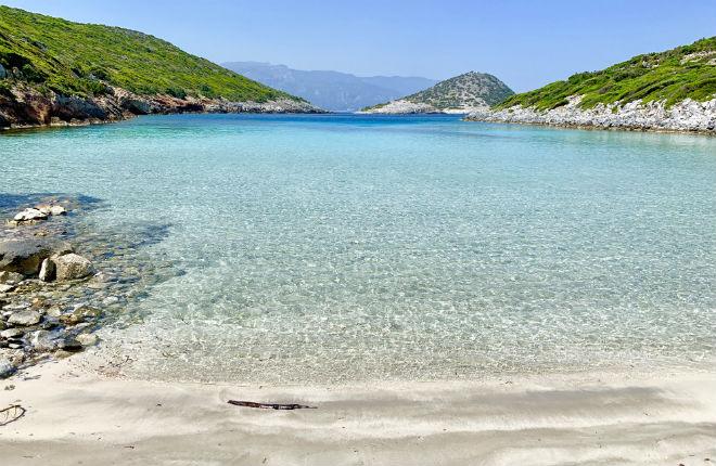 Livadaki beach op Samos