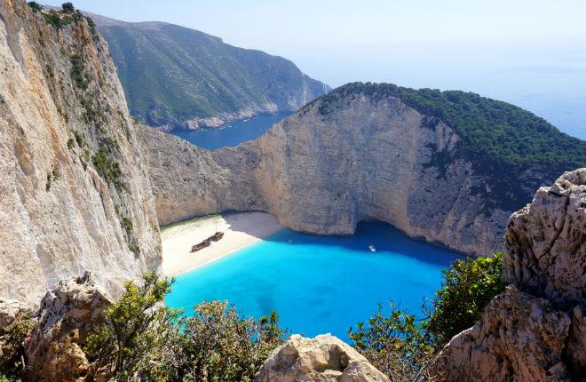 Navagio op Zakynthos wordt pretpark