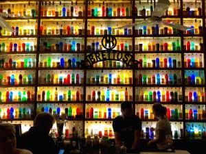 Athene uitgaan Brettos bar op Plaka